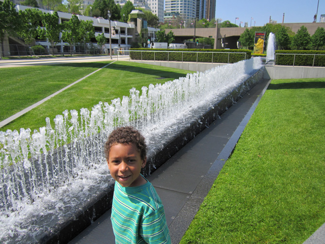 Joachim by a fountain near the art museum, Milwaukee, Wisconsin, 2011
