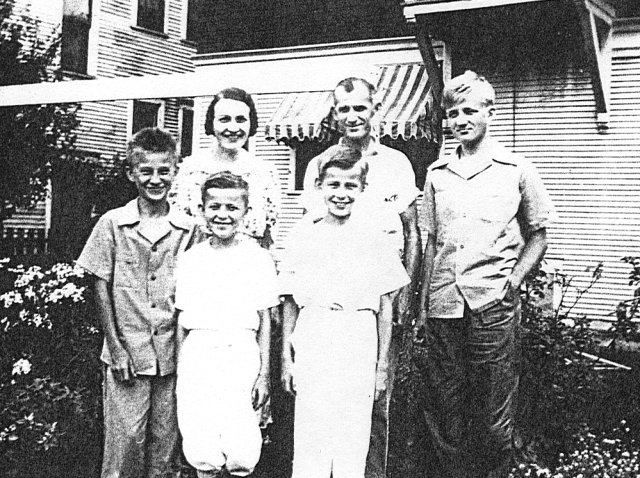 The Vogl family, Milwaukee, Wisconsin, 1942
